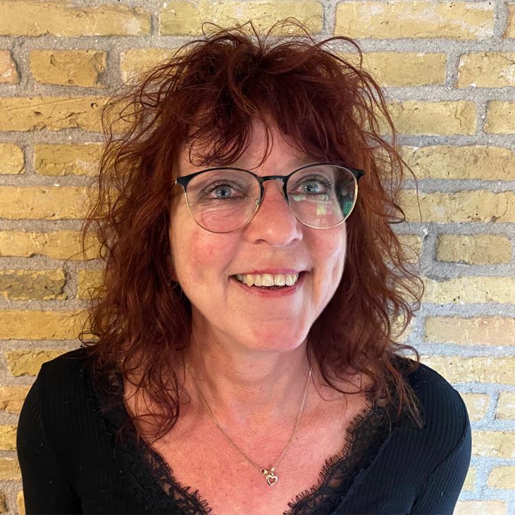 Froukje Veenstra